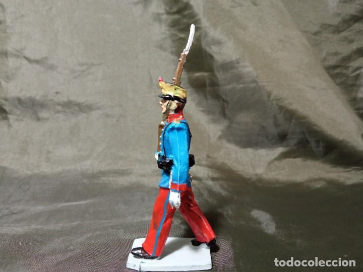 Figuras de Goma y PVC: Ref: 701 Desfile Infantería del Rey fusilero de goma Reamsa Gomarsa Soldis - Foto 2 - 259259985