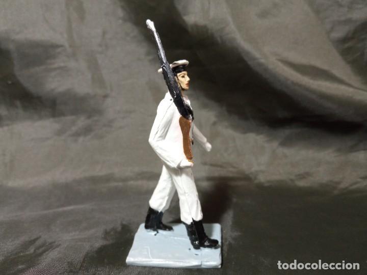 Figuras de Goma y PVC: Ref: 712 Desfile Infantería de Marina con fusil Reamsa Gomarsa Soldis - Foto 4 - 259262320