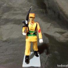 Figuras de Goma y PVC: REF: 714 DESFILE REGULARES DE GOMA FUSIL REAMSA GOMARSA SOLDIS. Lote 259264970