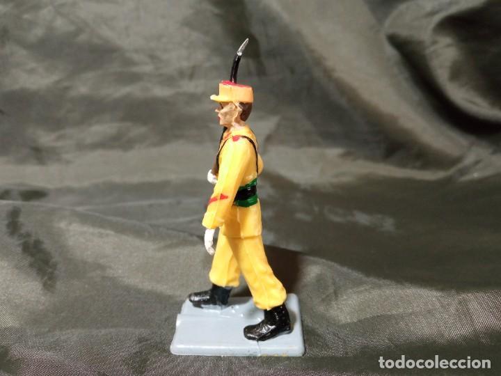 Figuras de Goma y PVC: Ref: 714 Desfile Regulares de goma fusil Reamsa Gomarsa Soldis - Foto 2 - 259265305