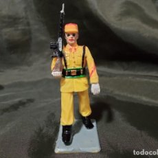 Figuras de Goma y PVC: REF: 714 DESFILE REGULARES DE GOMA FUSIL REAMSA GOMARSA SOLDIS. Lote 259265435