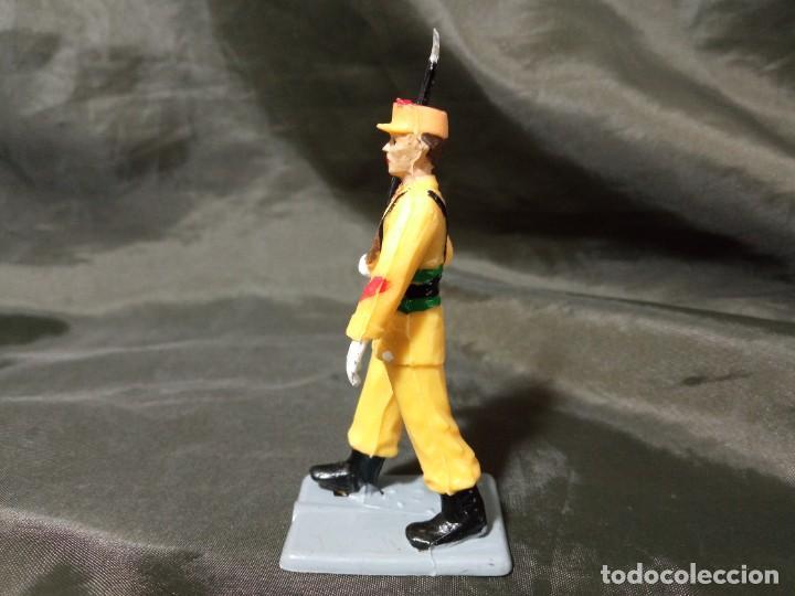 Figuras de Goma y PVC: Ref: 714 Desfile Regulares de goma fusil Reamsa Gomarsa Soldis - Foto 2 - 259265585