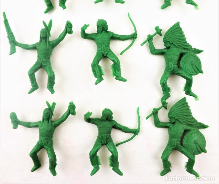 Figuras de Goma y PVC: Comansi Indios . Piezas de los 70. Conjunto de 9 unidades - Foto 2 - 259328150