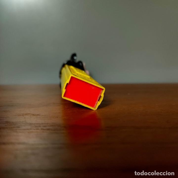 Dispensador Pez: Dispensador Pez Mickey con lateral troquelado. El más raro y buscado. - Foto 6 - 259901345
