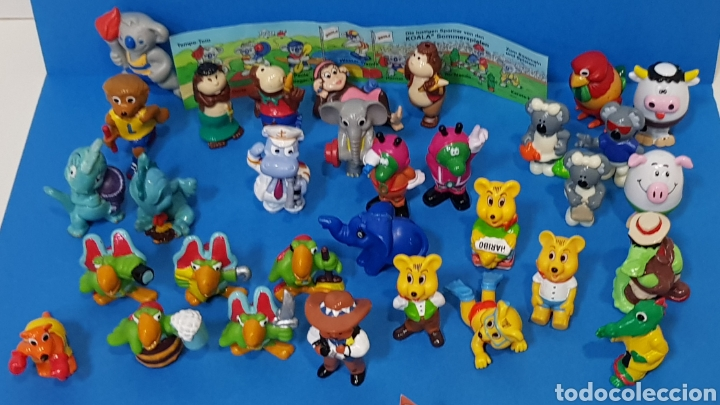 Figuras Kinder: LOTE 32 MUÑECOS KINDER SORPRESA + 7 folletos / HUEVOS KINDER / - Foto 3 - 260281445