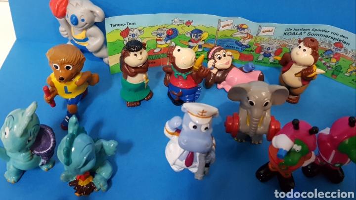 Figuras Kinder: LOTE 32 MUÑECOS KINDER SORPRESA + 7 folletos / HUEVOS KINDER / - Foto 11 - 260281445