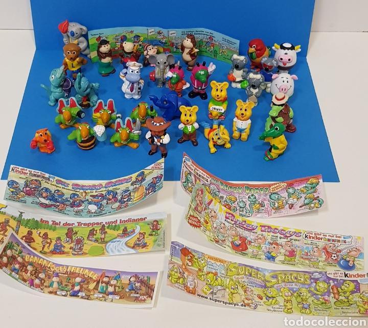 LOTE 32 MUÑECOS KINDER SORPRESA + 7 FOLLETOS / HUEVOS KINDER / (Juguetes - Figuras de Gomas y Pvc - Kinder)