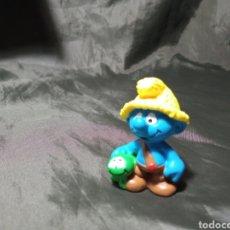 Figuras de Goma y PVC: PITUFO GRANJERO. Lote 260465695