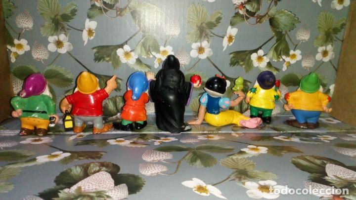Figuras de Goma y PVC: LOTE DE 7 FIGURAS PVC DE BLANCANIEVES Y LOS SIETE ENANITOS DE DISNEY - COMICS SPAIN, AÑOS 80s - Foto 3 - 260773895