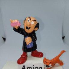 Figuras de Goma y PVC: PITUFOS - GARGAMEL CON MATERIAL DE LABORATORIO - ROSAY MORADO -SCHLEICH. Lote 261858405