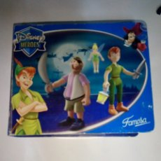 Figuras de Goma y PVC: DISNEY HEROES - FAMOSA - CAJA - 2004. Lote 261958530