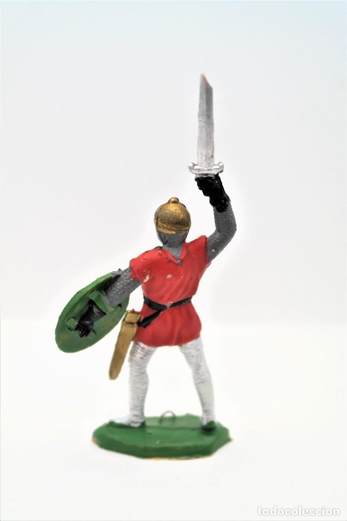 Figuras de Goma y PVC: Antigua Figura en Plástico. Serie Caballeros Cruzados de Reamsa. Pat 133 - Foto 2 - 262033010