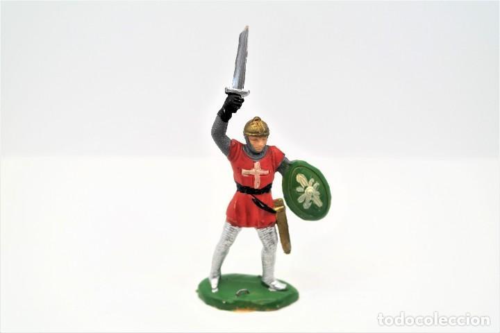 Figuras de Goma y PVC: Antigua Figura en Plástico. Serie Caballeros Cruzados de Reamsa. Pat 133 - Foto 3 - 262033010
