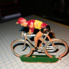 Figuras de Goma y PVC: CICLISTA SOTORRES. Lote 262268705