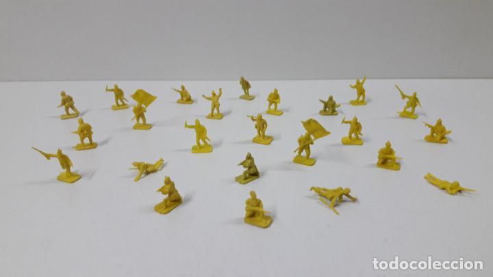 LOTE DE SOLDADITOS MONTAPLEX . JAPONESES . AÑOS 70 / 80 (Juguetes - Figuras de Goma y Pvc - Montaplex)