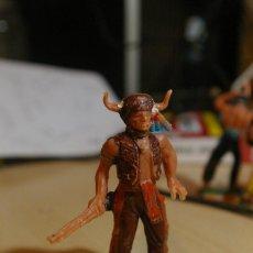 Figuras de Goma y PVC: FIGURA INDIO JECSAN TORO SENTADO HECHICERO JEFE. Lote 262813335