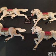 Figuras de Goma y PVC: CUATRO CABALLOS BLANCOS DE GOMA DE LA SERIE CARRERAS DE CUADRIGAS BEN-HUR DE REAMSA 1960. Lote 262871850