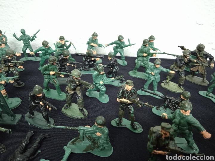 Figuras de Goma y PVC: 54 soldados. Figuras militares de pvs - Foto 8 - 262960925