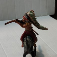 Figuras de Goma y PVC: FIGURA GOMA PECH JEFE INDIO DISPARANDO FUSIL A CABALLO. Lote 262971580