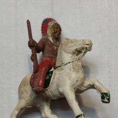 Figuras de Goma y PVC: FIGURA EN GOMA LAFREDO SERIE PEQUEÑA JEFE INDIO A CABALLO. Lote 262987255