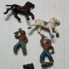 Figuras de Goma y PVC: FIGURA EN GOMA LAFREDO SERIE PEQUEÑA LOTE CABALLOS E INDIOS. Lote 262987785