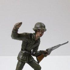 Figuras de Goma y PVC: SOLDADO ESPAÑOL . REALIZADO POR COMANSI . SERIE SOLDADOS DEL MUNDO . ORIGINAL AÑOS 60. Lote 263003060