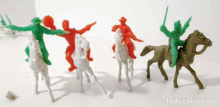 Figuras de Goma y PVC: Gran surtido indios y vaquero minioeste comansi . Años 70/80 - Foto 4 - 263083910