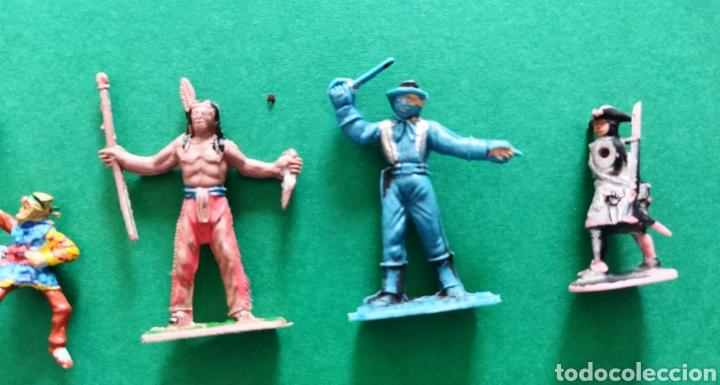 Figuras de Goma y PVC: Lote de 12 pequeñas figuritas antiguas varias marcas , Exin, Comansi.. - Foto 2 - 263149185