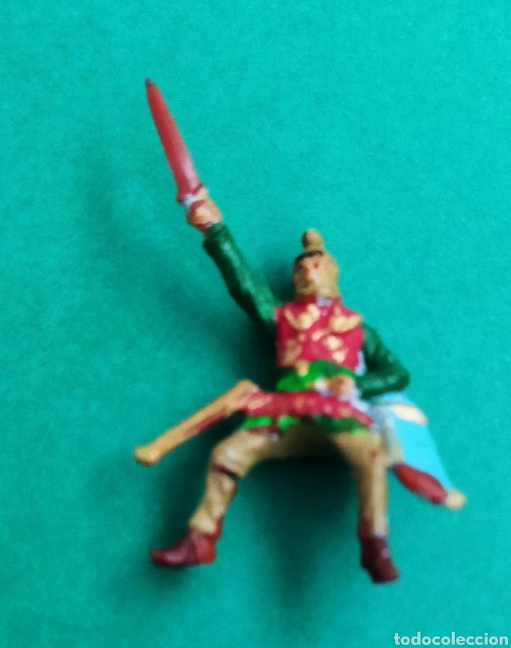 Figuras de Goma y PVC: Lote de 12 pequeñas figuritas antiguas varias marcas , Exin, Comansi.. - Foto 3 - 263149185