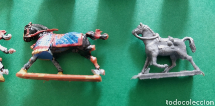 Figuras de Goma y PVC: Lote de 12 pequeñas figuritas antiguas varias marcas , Exin, Comansi.. - Foto 4 - 263149185
