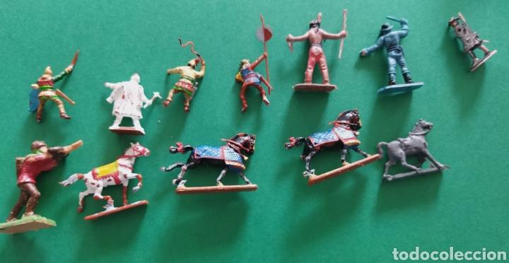Figuras de Goma y PVC: Lote de 12 pequeñas figuritas antiguas varias marcas , Exin, Comansi.. - Foto 5 - 263149185