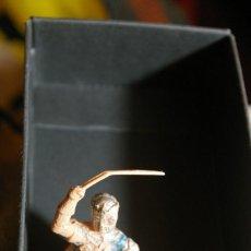 Figuras de Goma y PVC: JINETE CRUZADO CRISTIANO CID REAMSA MUTILADO ( PIERNA Y BOLA ). Lote 263171360