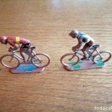 Figuras de Goma y PVC: 2 CICLISTAS SOTORRES. Lote 263190225