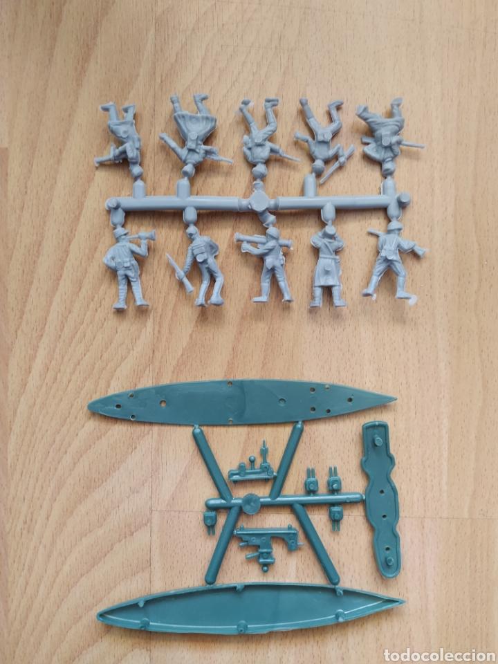 Figuras de Goma y PVC: Coladas de soldados y barco LA ILUSIÓN MARPRA MONTAPLEX - Foto 2 - 263563045