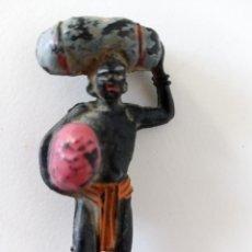 Figuras de Goma y PVC: FIGURA PORTEADOR SAFARI TARZÁN PECH. Lote 263597280
