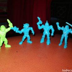 Figuras de Goma y PVC: DUNKIN. Lote 264453454