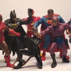 Figuras de Goma y PVC: LOTE SUPERHÉROES COMIC SPAIN PVC BATMAN, SUPERMAN, CATWOMAN, FLASH.... Lote 265466854