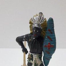 Figuras de Goma y PVC: GUERRERO AFRICANO CON LANZA DESMONTABLE . REALIZADO POR GAMA . SERIE GRANDE . AÑOS 50 EN GOMA. Lote 265760604