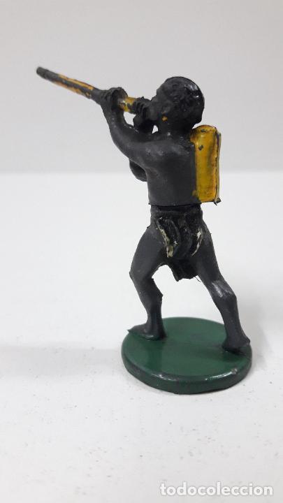 Figuras de Goma y PVC: GUERRERO AFRICANO PIGMEO . REALIZADO POR GAMA . SERIE PIGMEOS . ORIGINAL AÑOS 50 EN GOMA - Foto 5 - 265760924