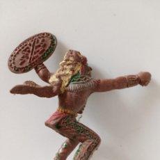 Figuras de Goma y PVC: FIGURA GRANDE DE LAFREDO INDIO AÑOS 60. Lote 265949248