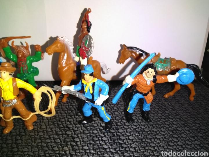 Figuras de Goma y PVC: ANTIGUAS FIGURAS INDIOS VAQUEROS SOLDADOS NORDISTAS Y CABALLOS DE COMANSI - Foto 3 - 265962323