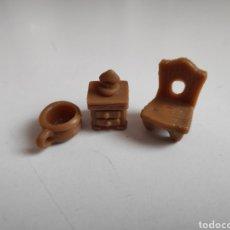 Figuras de Goma y PVC: LOS PITUFOS. CONJUNTO DORMITORIO: SILLA, MESITA DE NOCHE, ORINAL. Lote 266834899