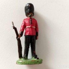 Figuras de Goma y PVC: FIGURA GUARDIA REAL INGLESA REAMSA GOMA. Lote 267498414