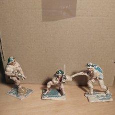 Figuras de Goma y PVC: PECH HERMANOS. 3 SOLDADOS INGLESES. NO JECSAN. NO REAMSA. LOTE 1. Lote 268877084