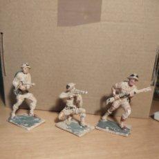 Figuras de Goma y PVC: PECH HERMANOS. 3 SOLDADOS INGLESES. NO JECSAN. NO REAMSA. LOTE 2.. Lote 268877164