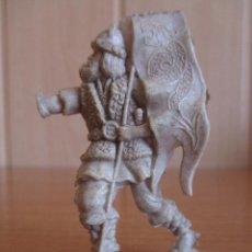 Figuras de Goma y PVC: FIGURA ANTIGUA VIKINGO , PIPERO ( PECH , JECSAN , REAMSA , COMANSI , ETC). Lote 268878999