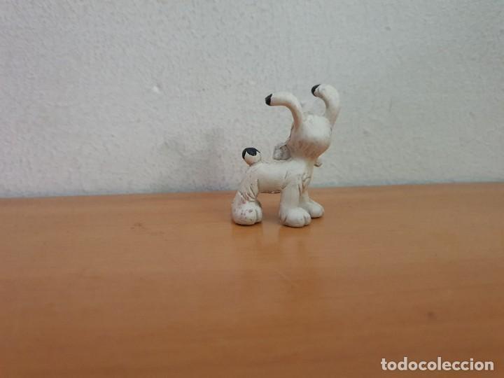 Figuras de Goma y PVC: Figura PVC Perro Asterix - Foto 2 - 268957524