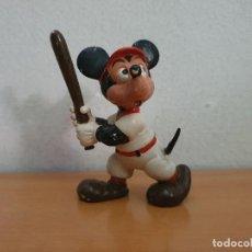Figuras de Goma y PVC: FIGURA PVC MICKEY MOUSE BASEBALL. Lote 268957764