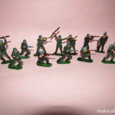 Figuras de Goma y PVC: ANTIGUO LOTE DE 12 SOLDADOS CASCOS AZULES DE JECSAN. Lote 269138233
