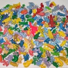 Figuras de Goma y PVC: LOTE 235 FIGURAS MUÑECOS DUNKIN RUY CAPUCHONES HE-MAN ASTÉRIX PICAPIEDRA DISNEY WARNER BROS ANIMALES. Lote 269309703